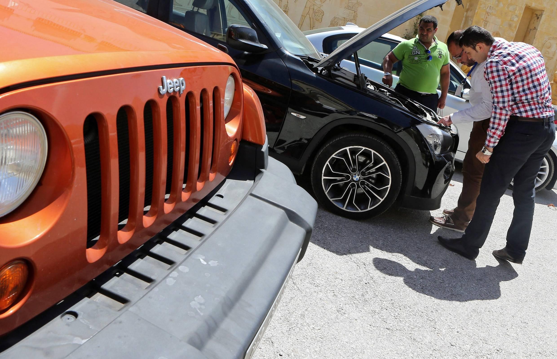 Осмотр BMW и Jeep